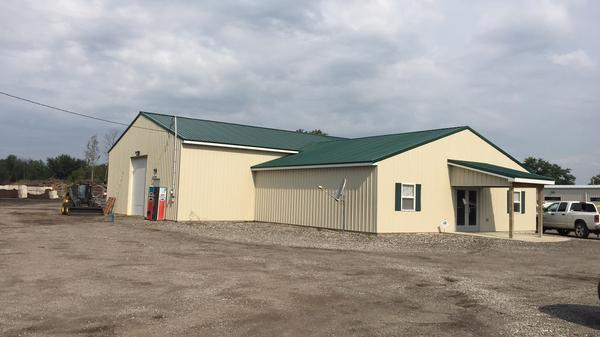 New Office/Warehouse Building on 5+ Acres!