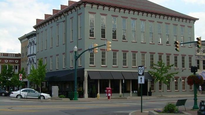 Prominent Dayton-area restaurant owners buy building