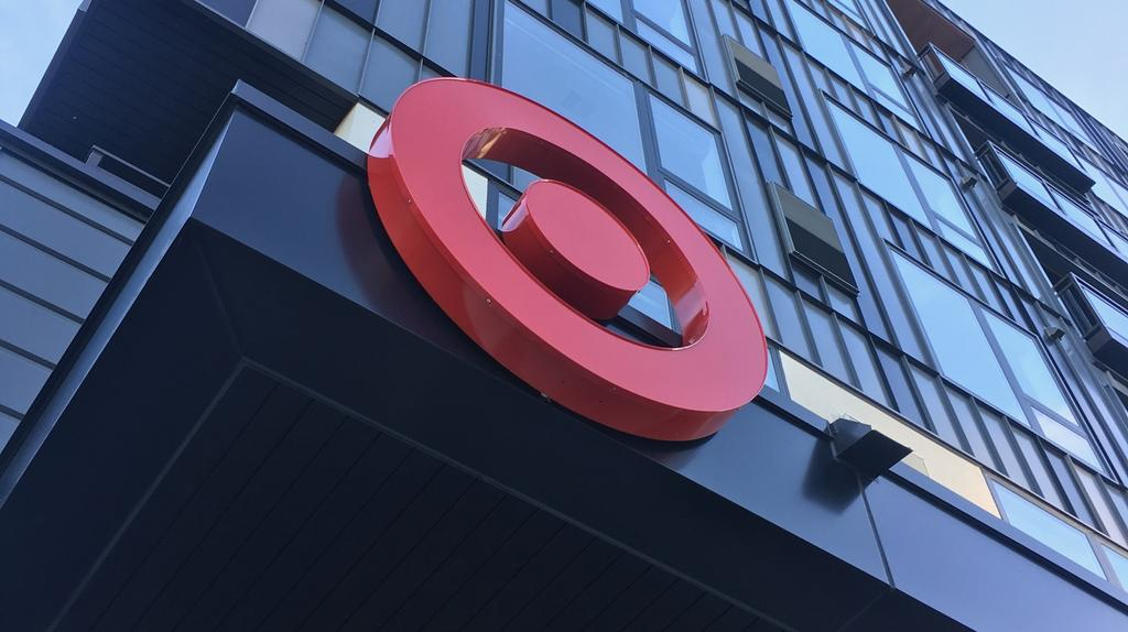 Target opens its small-format Uptown Minneapolis store