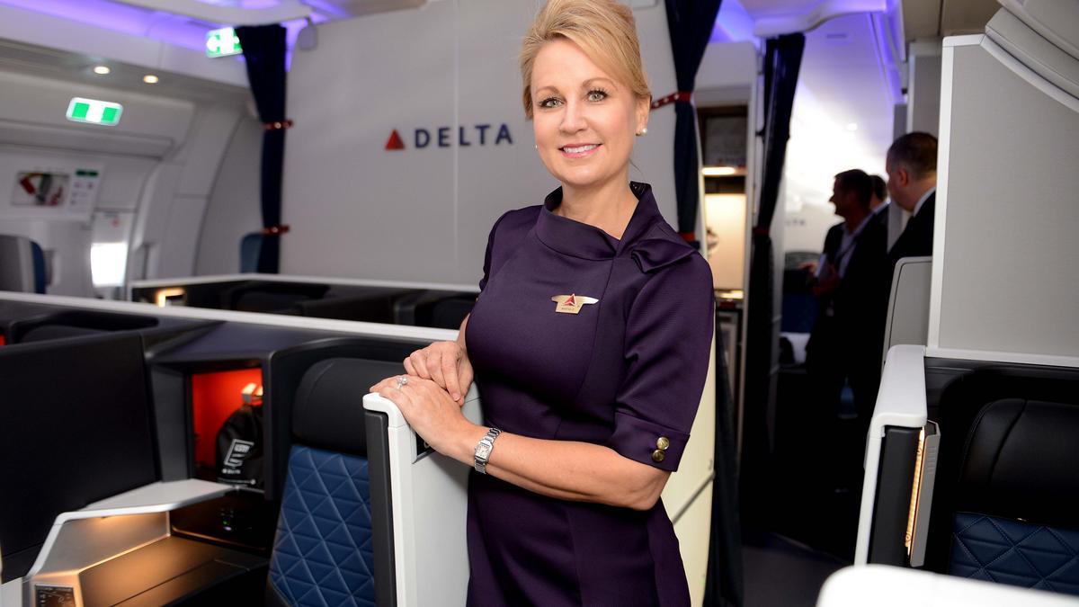 Delta planning new uniforms after complaints, lawsuits over those from Lands' End - Bizwomen