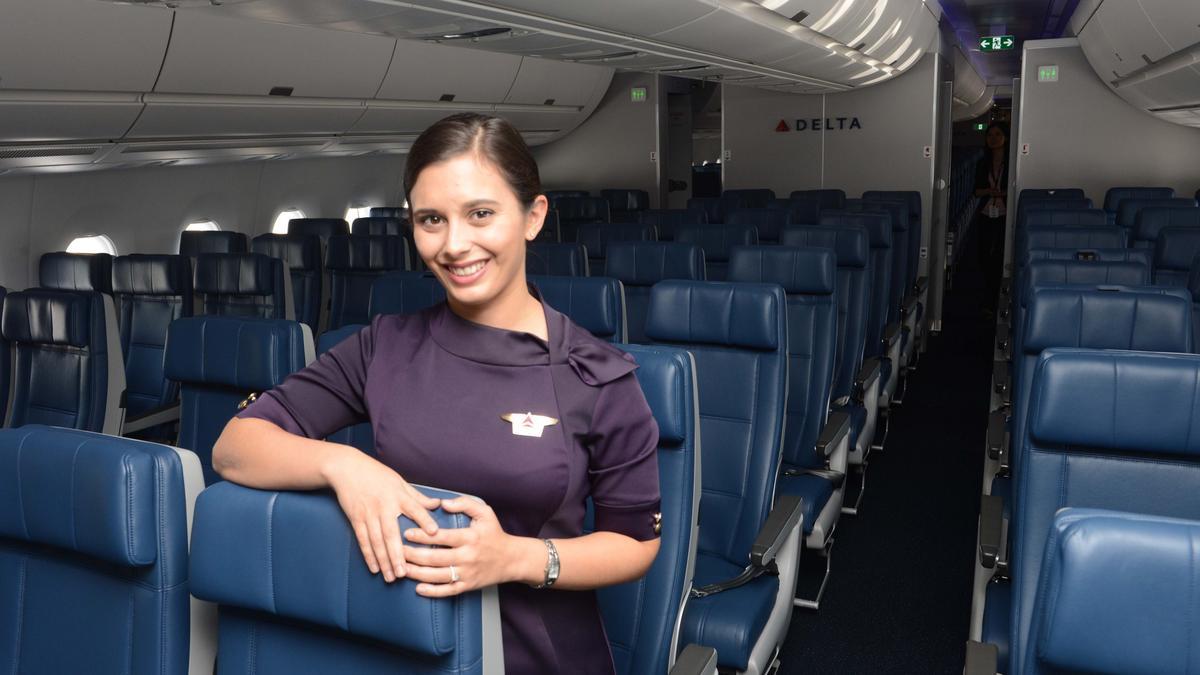 Delta Air Lines Hiring 1 000 Flight Attendants Launching