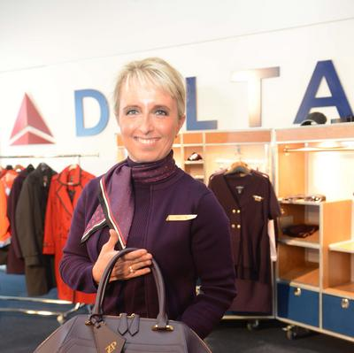 Delta Air Lines partnering with online shoe giant Zappos ...