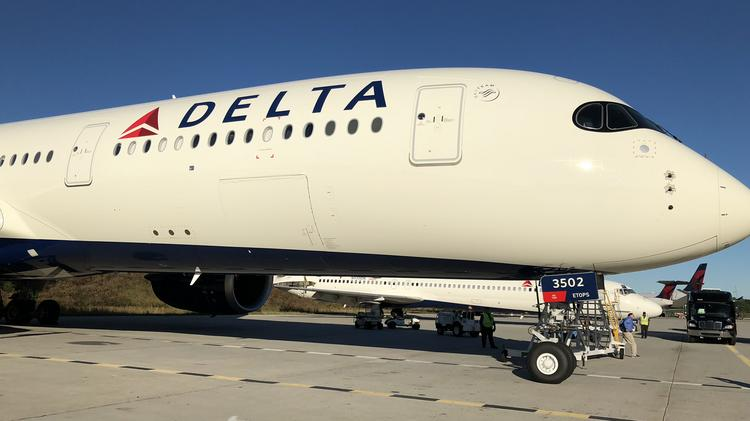Delta Air Lines Says To United And American We Have A 350 You Don T