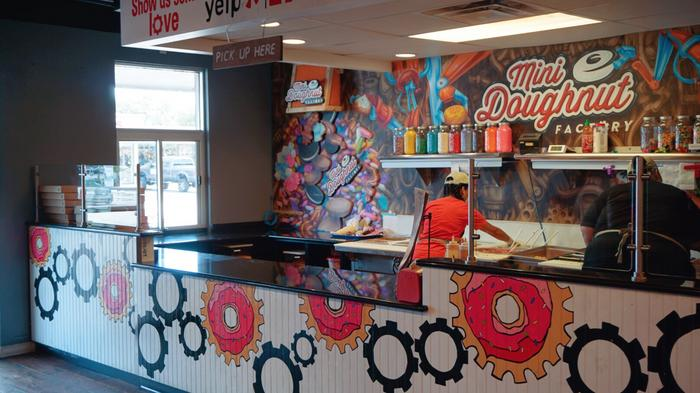 Mini Doughnut Factory, on verge of opening St. Pete store, reinvests in original South Tampa location