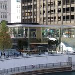 Chicago Apple Store for sale for $170 million