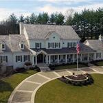 Radian Group CEO Thornberry sells Town & Country home to former Ralcorp CEO <strong>Hunt</strong> for $3 million