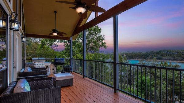 Beautiful Lake Travis Waterfront Home