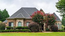 Lovely Home in Lewisville with Pool