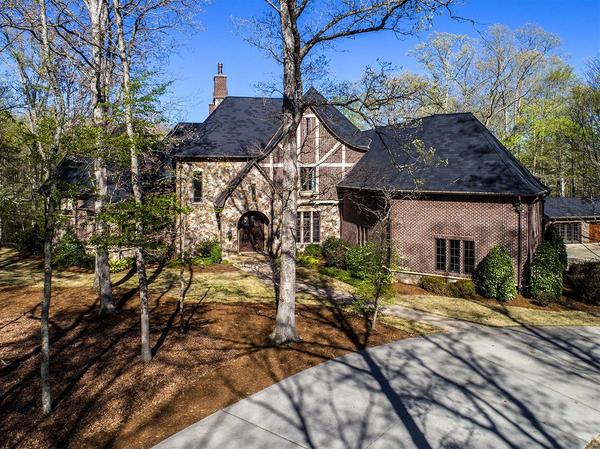 Home of the Day: Unbelievable, Private Estate on 14 Acres