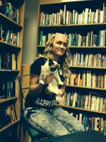 Grumpy Cat draws hundreds of fans at Changing Hands Bookstore event in Tempe (Video)
