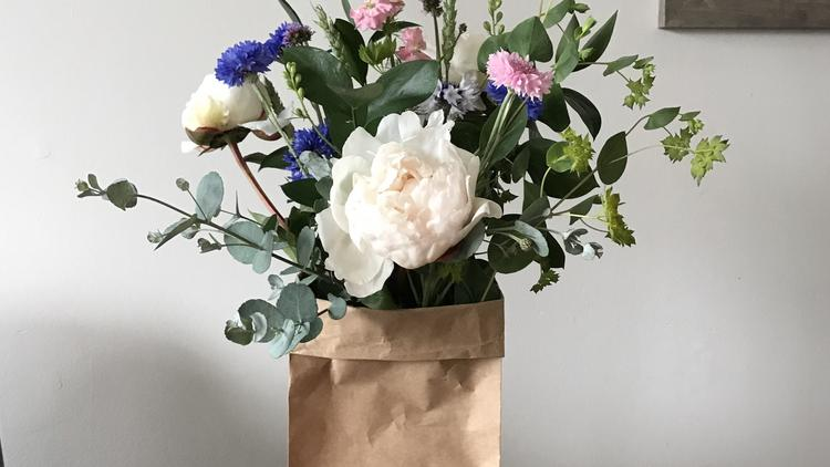 Paper bag flower co coming to citycenterdc uses rescued blooms amy darlings new venture the paper bag flower co utilizes rescued mightylinksfo