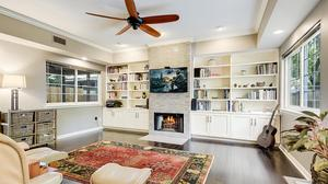 Travis Heights Condo with Beautiful Finishes