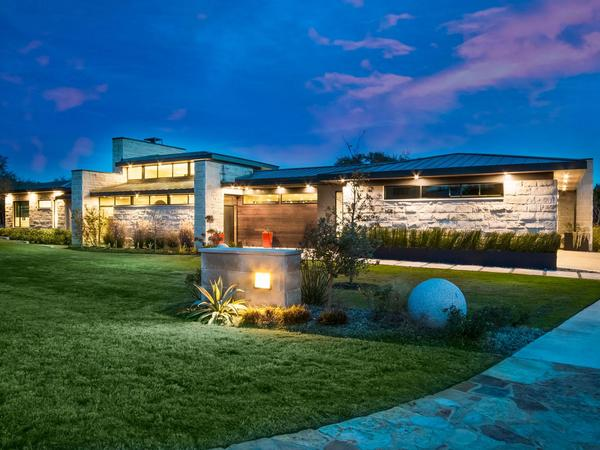 Home of the Day: Gorgeous One-Story Dick Clark Contemporary on 2 Acres