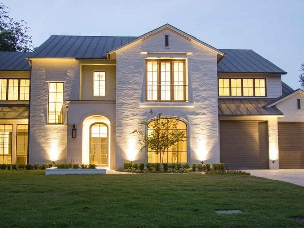 Home of the Day: 5633 Caruth Boulevard