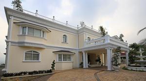 Classy Mansion