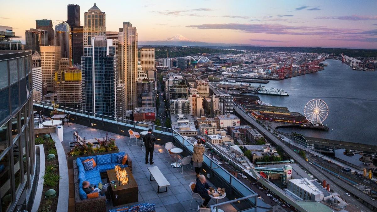 seattle apartment high rise 39 s 225 3 million sale sets per