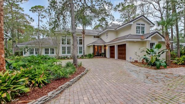 Amazing island style home in Ponte Vedra Beach for $1,100,000
