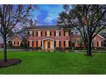 Home of the Day: Artisan-Quality Craftsmanship in Hunters Creek