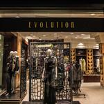 Northside fashion designer opens Carew Tower storefront for holidays