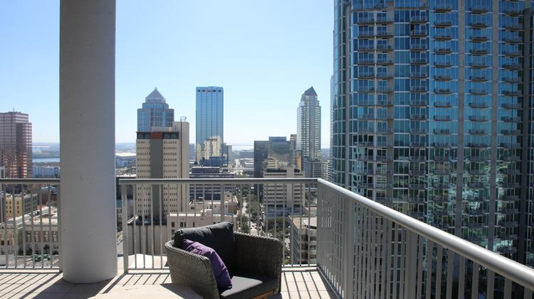 Go Inside Nine15 Downtown Tampa S New 23 Story 100 Million Apartment Tower Photos Video
