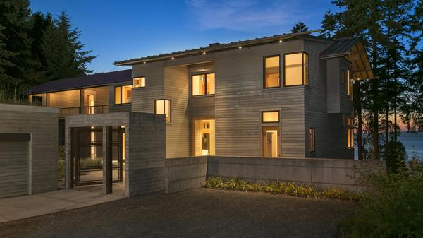 Escape to Contemporary Living on Whidbey Island