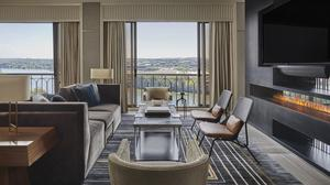 Four Seasons Austin debuts makeover: Rich, chic designs