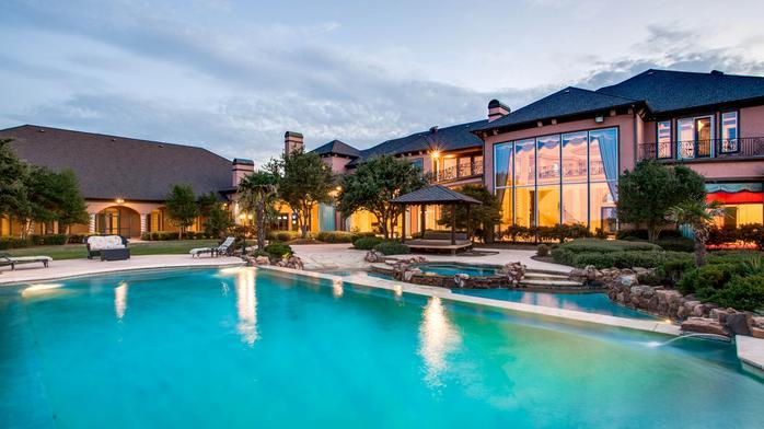 Ex-Dallas Cowboys star Deion Sanders' former estate to sell to highest bidder