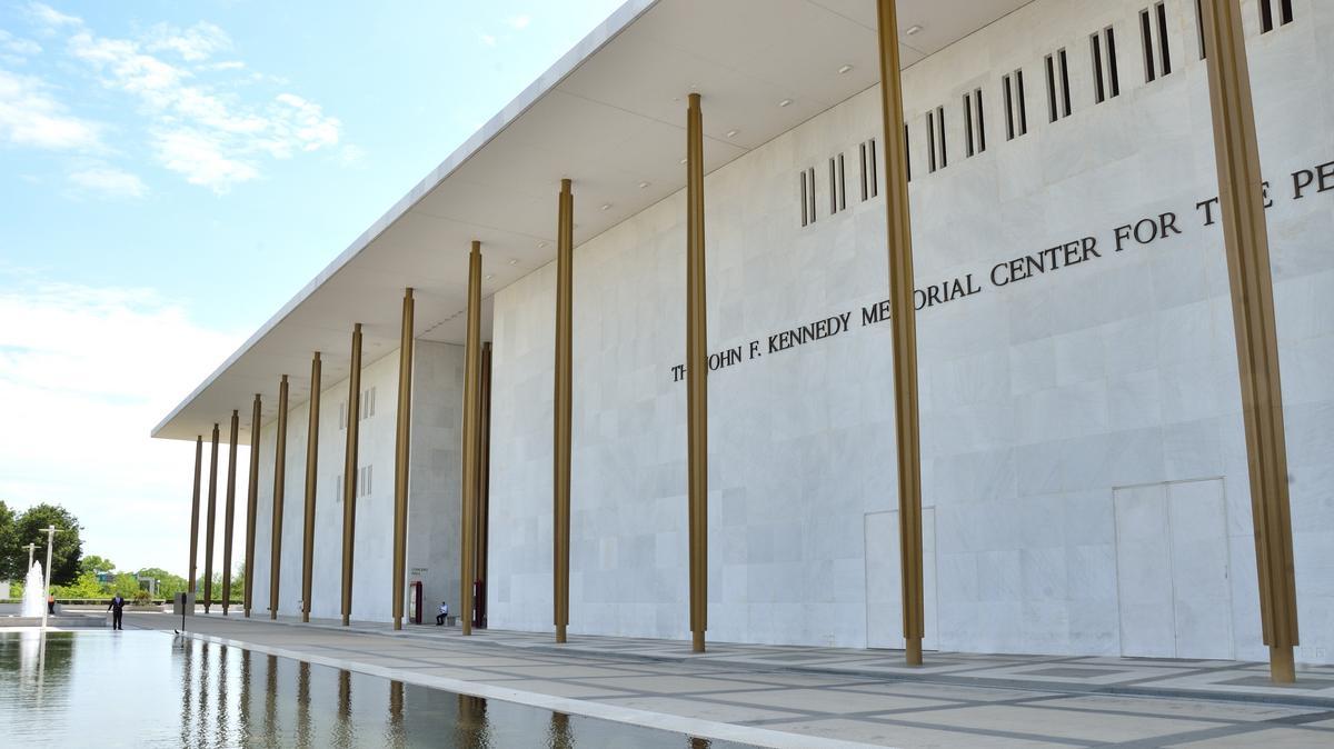 Kennedy Center unveils 2021-22 slate, including 'Hamilton,' 'Dear Evan Hansen' and 'To Kill a Mockingbird' - Washington Business Journal