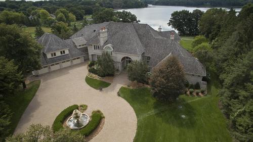 Lakeside Medina Estate