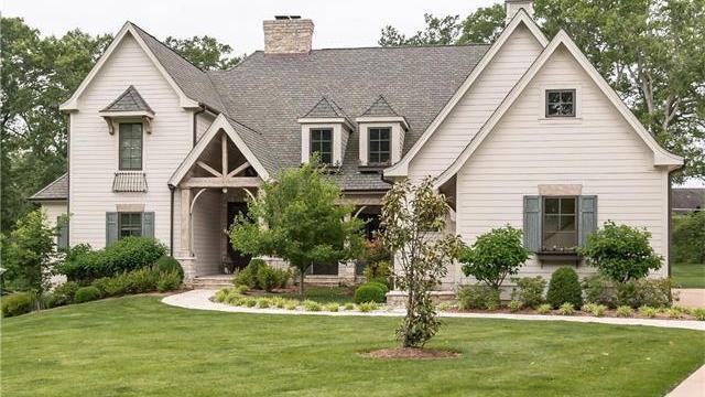 St Louis Blues Defenseman Alex Pietrangelo Sells Ladue Home For 1 9 Million To Charles Vitale St Louis Business Journal