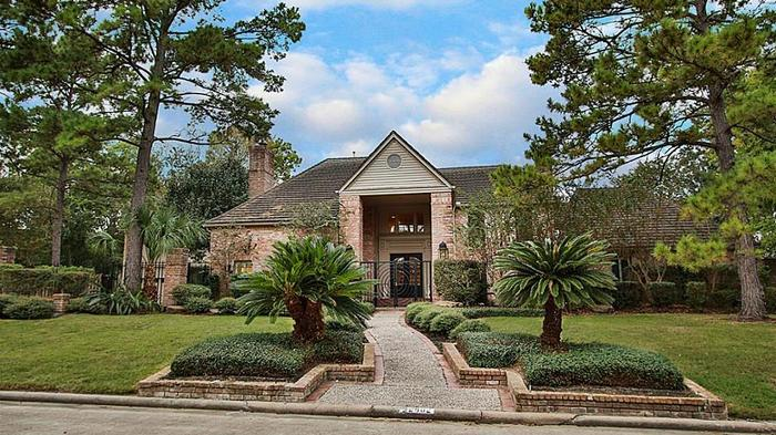 The former home of Houston Rockets legend Hakeem Olajuwon, at 2902 Pine Lake Trail, is for sale