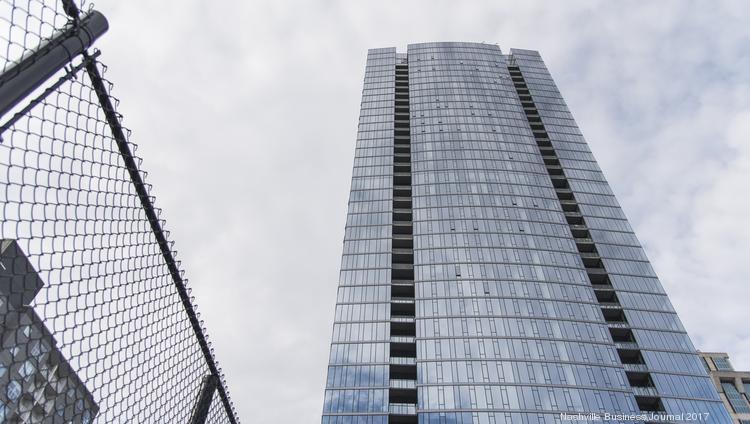 Giarratana, Mathews, New York Life tangled in 505 tower