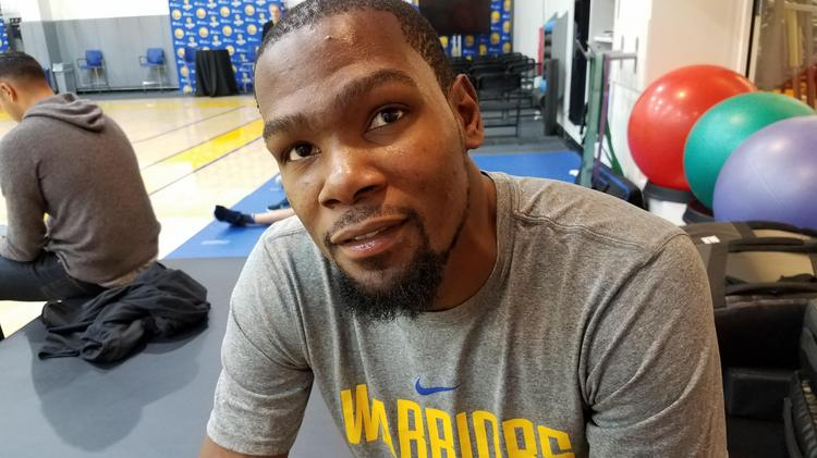 470d54652430 Kevin Durant won an NBA championship with the Golden State Warriors in 2017  and was named