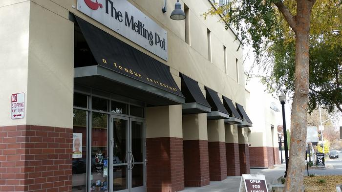 Downtown's Melting Pot restaurant to be sold