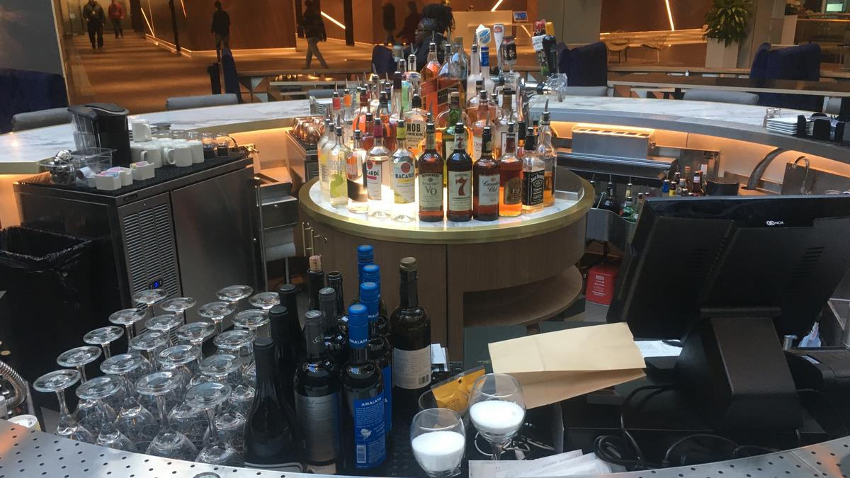 Many Minneapolis Skyway Restaurants Won T Open For Final
