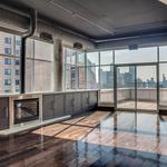 Home of the Day: Downtown Minneapolis Penthouse with phenomenal skyline views!