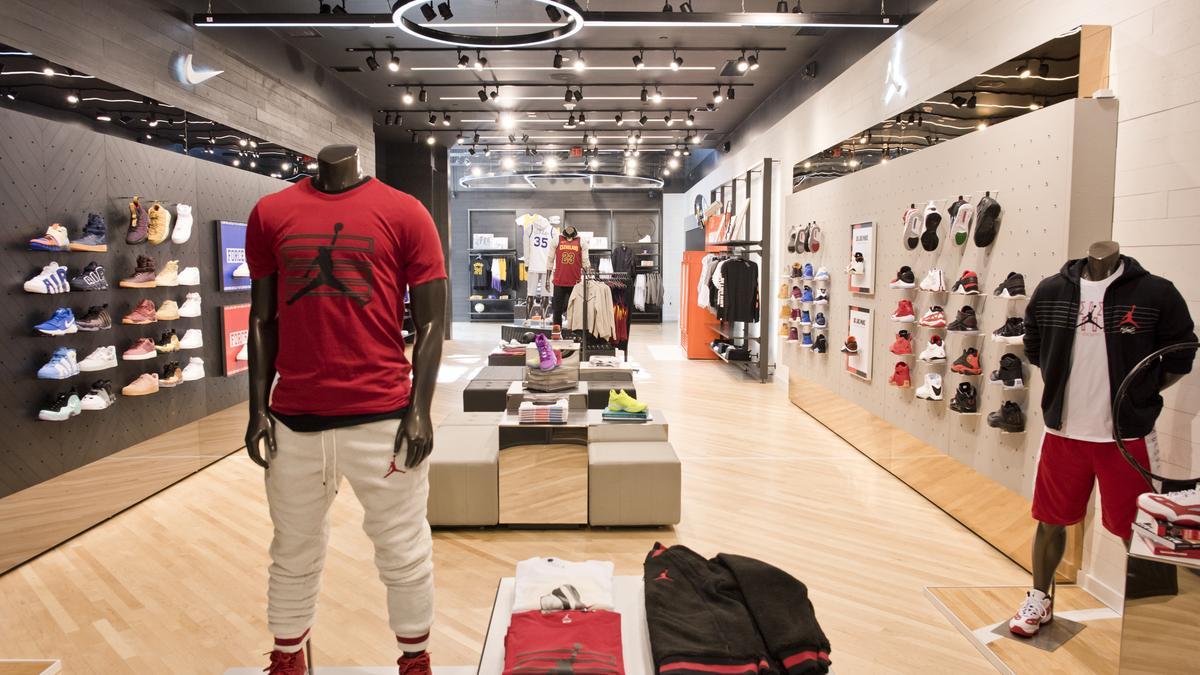 3f1dfb27bb1596 New Foot Locker store illustrates Nike s vision for