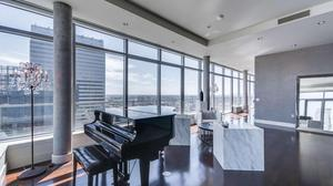 Downtown Penthouse with Sensational Skyline Views