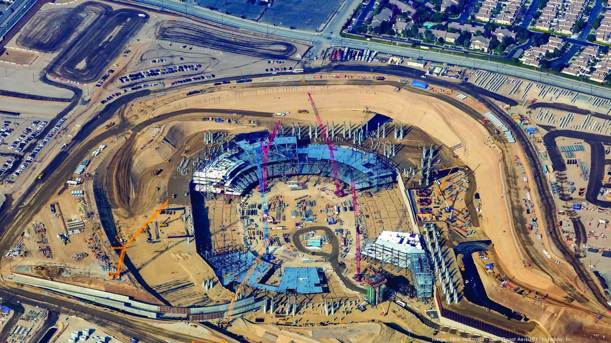 Bowl Season 2018 >> Construction crews go (100 feet) deep as L.A. Rams stadium takes shape - L.A. Biz
