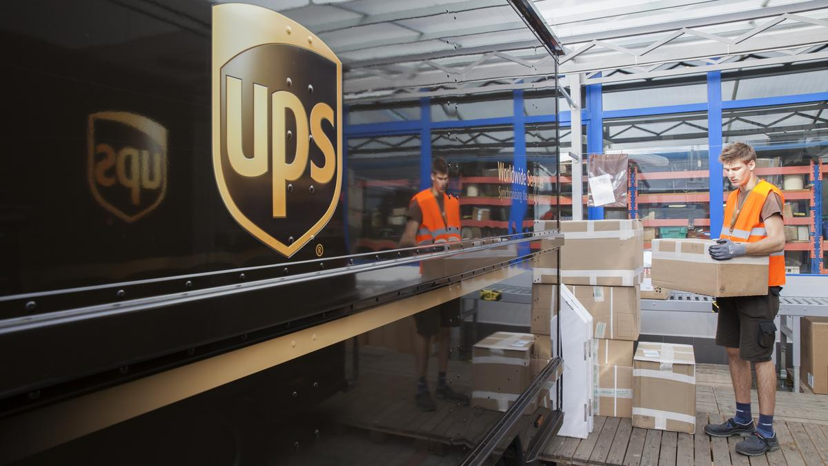 Teamsters Bargain With United Parcel Service To Eliminate Late Night