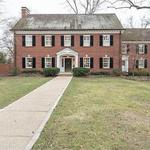 UniGroup executive sells Ladue home for $1.5 million