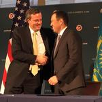 GE signs $900M locomotive and service contracts with its largest international customer