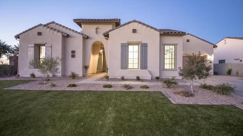 Newly built immaculate home!