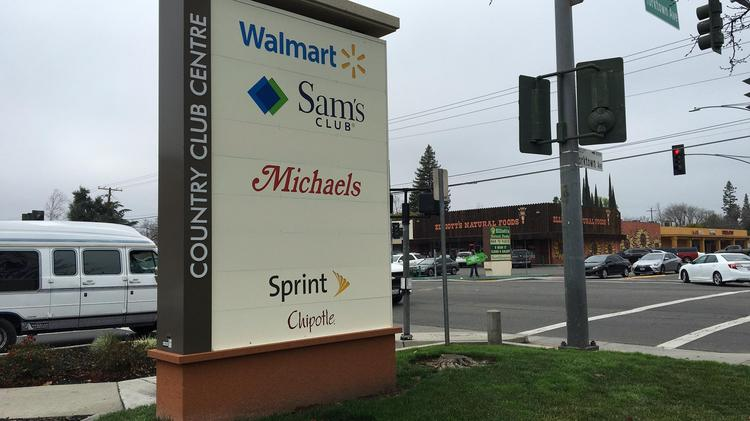 Michaels Stores Inc  leaving Country Club Centre in Arden