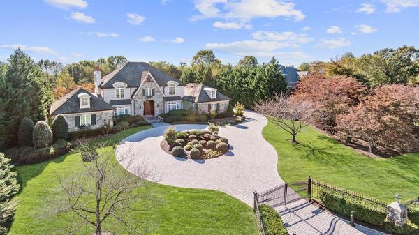 Saddle Ridge Estates in Potomac