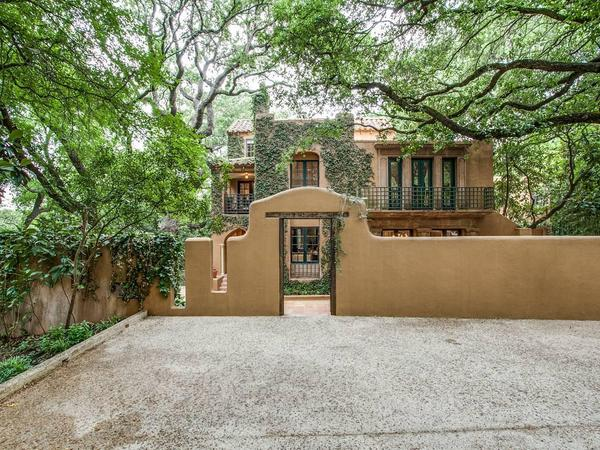 Home of the Day: Historic Masterpiece in Unparalleled Location