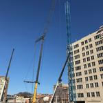 Turner Construction puts up tower crane for $91M Court and Walnut development