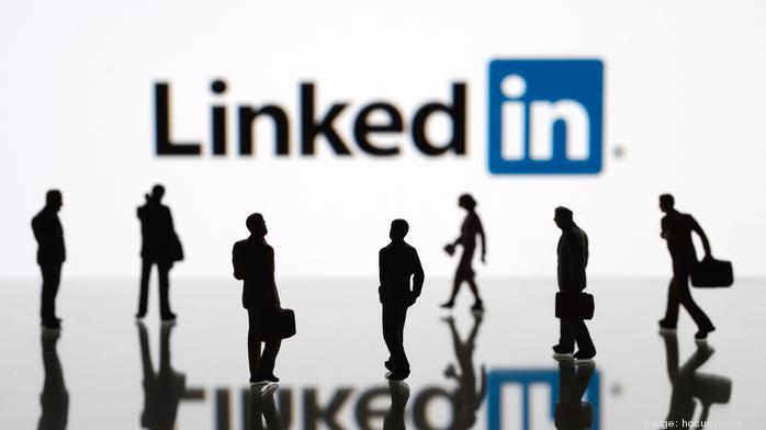 LinkedIn executive shares tips for selling products and services on the platform
