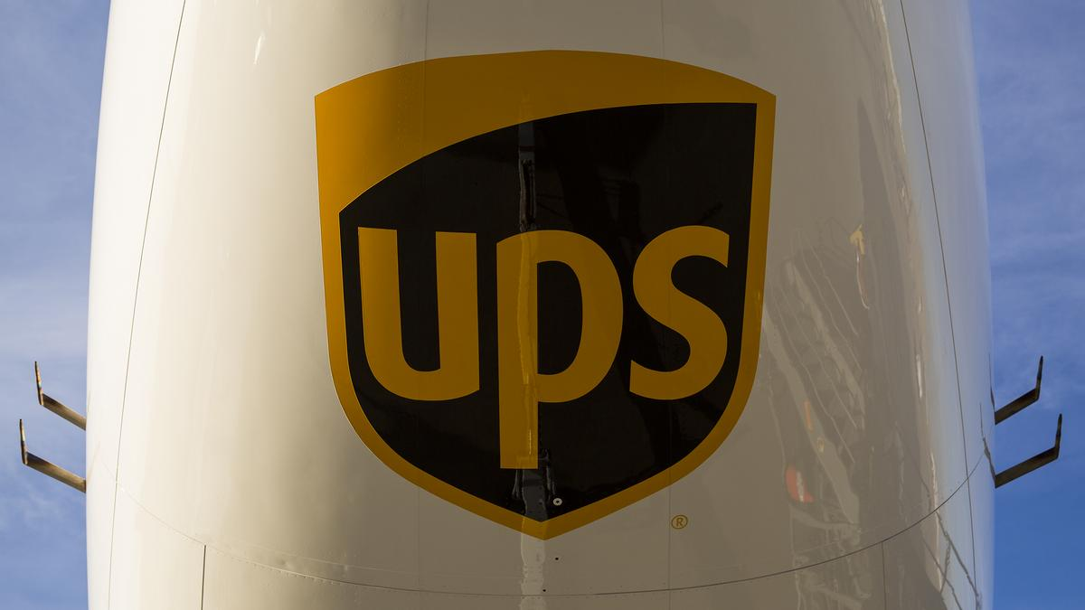 Teamster Airplane Mechanics Sue United Parcel Service In Labor
