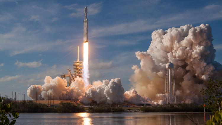 SpaceX valuation rockets to $24 billion - L A  Biz